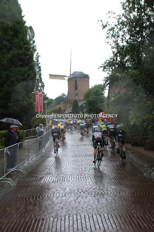 25-06-2017: Wielrennen: NK weg elite: Montferland<br />s-Heerenberg (NED) wielrennen<br />NK Wielrennen Elite  <br />Muur van Zeddam