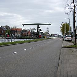 13-04-2020: Nieuws: Algemeen: Nederland<br /> Eigenlijk hadden ze rond deze tijd al moeten weten waar ze nu precies aan toe zijn, de meer dan driehonderd getroffen huishoudens langs het kanaal Almelo-De Haandrik. . Intussen is de teller van het aantal vernielde huizen verder opgelopen tot boven de 310.