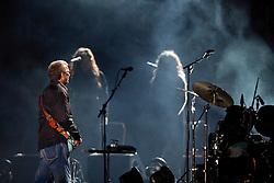 O guitarrista ingles, Eric Clapton toca no palco da FIERGS, em 6 de outubro de 2011, em Porto Alegre. FOTO: Jefferson Bernardes/Preview.com