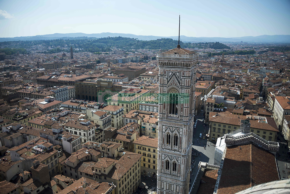 August 30, 2015 - Florence, Tuscany, Italy - One view of the city from atop the Cathedral of Santa Maria del Fiore, Florence, Italy. (Credit Image: © Roberto Lopez/VW Pics via ZUMA Wire)