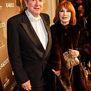 NLD/Den Haag/20111201- Premiere Ramses, Liesbeth List en partner Robet Braaksma