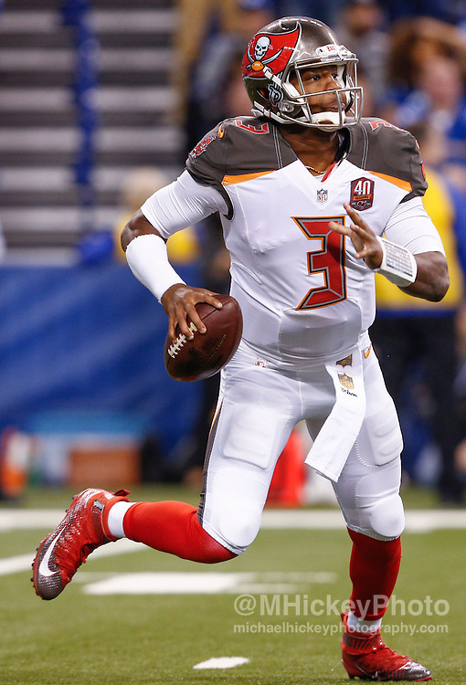 INDIANAPOLIS, IN - NOVEMBER 29 : Jameis Winston #3 of the Tampa Bay Buccaneers scrambles against the Indianapolis Colts at Lucas Oil Stadium on November 29, 2015 in Indianapolis, Indiana. Indianapolis defeated Tampa Bay 25-12. (Photo by Michael Hickey/Getty Images) *** Local Caption *** Jameis Winston