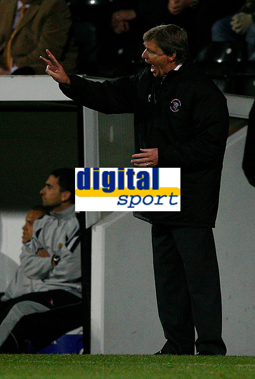 Photo: Steve Bond.<br />Notts County v Hereford United. Coca Cola League 2. 02/10/2007. Graham Turner instructs from the touchline in during the tense last few minutes