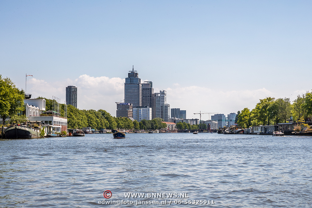 NLD/Amsterdam/20180628 - Rondvaart Amsterdam, Rembrandtoren