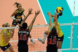 27-08-2010 VOLLEYBAL: WGP FINAL BRAZIL - USA: BEILUN NINGBO<br /> USA beats Brazil in five sets / Jaqueline Carvalho<br /> ©2010-WWW.FOTOHOOGENDOORN.NL