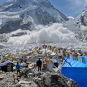 A massive avalanche rains down across the Khumbu Icefall on Mount Everest, Nepal, on May 2, 2009.<br />