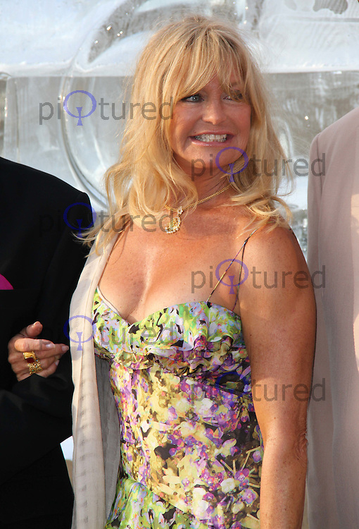 Goldie Hawn Elephant Parade and Auction held at the Royal Hospital Gardens, Chelsea, London, UK, 30 June 2010:  For piQtured Sales contact: Ian@Piqtured.com +44(0)791 626 2580 (Picture by Richard Goldschmidt/Piqtured)