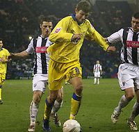 Photo: Mark Stephenson.<br />West Bromwich Albion v Leeds United. The FA Cup. 06/01/2007.<br />Leed's Tor Andre Flo on the ball.
