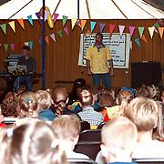 Evangelisatieweek 1998 Huizen in een tent Oostermeent