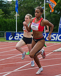11-06-2011 ATLETIEK: ASICS GOUDEN SPIKE: LEIDEN<br /> Jamile Samuel 200 meter<br /> ©2011-WWW.FOTOHOOGENDOORN.NL / Peter Schalk