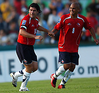 Fotball<br /> VM-kvalifisering<br /> Uruguay v Chile<br /> 18.11.2007<br /> Foto: PikoPress/Argengress/Digitalsport<br /> NORWAY ONLY<br /> <br /> Chile MARCELO SALAS celebrating his goal with HUMBERTO SUAZO during their 2010 World Cup qualifying soccer match URUGUAY (2)  Vs. CHILE (2) in Montevideo, Uruguay, November 18, 2007.