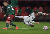 MOSCOW, RUSSIA - OCTOBER 27: Robert Lewandowski of FC Bayern Muenchen is fouled Daniil Kulikov of Lokomotiv Moskva during the UEFA Champions League Group A stage match between Lokomotiv Moskva and FC Bayern Muenchen at RZD Arena on October 27, 2020 in Moscow, Russia. (Photo by MB Media)
