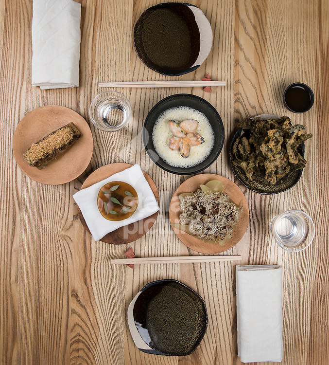 A general view of a shared meal at Untitled restaurant in east London.<br /> Picture by Daniel Hambury/Stella Pictures Ltd 07813022858<br /> 07/10/2017