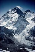 Chomolungma, Mt Everest from summit Pumori, showing Khumbu icefall, Lhotse peak, Tibetan North face & Lho La pass, Khumbu Himal, Nepal Himalaya