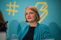 DEU, Deutschland, Germany, Berlin, 10.10.2018: Ria Schröder, Vorsitzende der Jungen Liberalen (Julis), bei der Digitalen Jugendpressekonferenz der Vodafone Stiftung Deutschland.