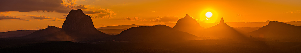 Panoramic view of the Glass House Mountains: left to right: Mt Tibrogargan, Mt Cooee, Mt Beerwah, Mt Coonowrin & Mt Ngungun, Sunshine Coast, Queensland, Australia