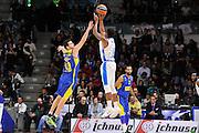 DESCRIZIONE : Eurolega Euroleague 2015/16 Group D Dinamo Banco di Sardegna Sassari - Maccabi Fox Tel Aviv<br /> GIOCATORE : MarQuez Haynes<br /> CATEGORIA : Tiro Tre Punti Three Point Controcampo<br /> SQUADRA : Dinamo Banco di Sardegna Sassari<br /> EVENTO : Eurolega Euroleague 2015/2016<br /> GARA : Dinamo Banco di Sardegna Sassari - Maccabi Fox Tel Aviv<br /> DATA : 03/12/2015<br /> SPORT : Pallacanestro <br /> AUTORE : Agenzia Ciamillo-Castoria/C.Atzori