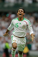 Fotball<br /> Foto: Piko Press/Digitalsport<br /> NORWAY ONLY<br /> <br /> MEXICO () vs. JAMAICA () in their World Cup 2010 qualifying soccer match in Mexico D.F., September 6, 2008<br /> Here Mexican player Fernando Arce celebrating his goal
