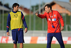 18.05.2012, Brezice, SLO, UEFA EURO 2012, Trainingscamp, Kroatien, 2. Trainingstag, im Bild Vedran Corluka, Slaven Bilic // during 2nd practice day of Croatian National Footballteam for preparation UEFA EURO 2012 at Brezice, Slovenia on 2012/05/18. EXPA Pictures © 2012, PhotoCredit: EXPA/ Pixsell/ Daniel Kasap....***** ATTENTION - OUT OF CRO, SRB, MAZ, BIH and POL *****
