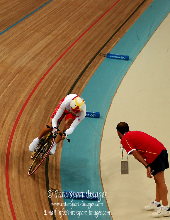 , Olympic Games, Athens, GREECE, Olympic Velodrome  [Cycling Track] men's Individual Pursuit.AUS Brad McGee [Yellow and Green racing strip] and ESP Sergi Escobar [White and Yellow racing strip] Photo  Peter Spurrier.email images@intersport-images.com...