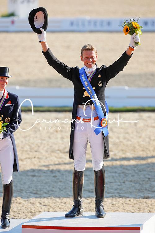 Gal Edward (NED)<br /> Alltech FEI World Equestrian Games <br /> Lexington - Kentucky 2010<br /> © Dirk Caremans