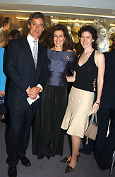 Left to right, RICHARD & LUCILLE BRIANCE she founded the London Childrens Ballet and their daughter ZOE BRIANCE at a performance by the London Childrens Ballet of 'The Little Princess' at The Peacock Theatre, Portugal Street, London WC2 on 19th May 2005.<br /><br />NON EXCLUSIVE - WORLD RIGHTS