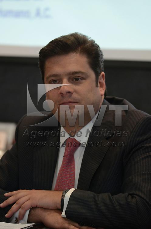 """Toluca, México.- Francisco Javier García Bejo, encabezó la clausura del ciclo de conferencias: """"Diagnóstico legislativo y contextual en materia de VIH/SIDA y otras ITS de las entidades Federativas"""", ésto en el marco del Día Mundial del VIH. Agencia MVT / Arturo Hernández."""