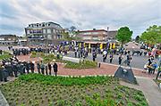 Nederland, Millingen aan de Rijn, 4-5-2017Nationale dodenherdenking in dit dorp. De trompetist speelt de Last Post.Foto: Flip Franssen
