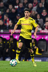 31.03.2018, Allianz Arena, Muenchen, GER, 1. FBL, FC Bayern Muenchen vs Borussia Dortmund, 28. Runde, im Bild Mahmoud Dahoud BVB Borussia Dortmund am Ball // during the German Bundesliga 28th round match between FC Bayern Munich and Borussia Dortmund at the Allianz Arena in Muenchen, Germany on 2018/03/31. EXPA Pictures © 2018, PhotoCredit: EXPA/ Eibner-Pressefoto/ Weber<br /> <br /> *****ATTENTION - OUT of GER*****