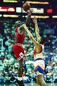BASKETBALL_Michael Jordan_6