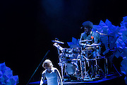 """Jeremy Ellis at his Maschine, with Ahmir """"Questlove"""" Thompson on drums."""