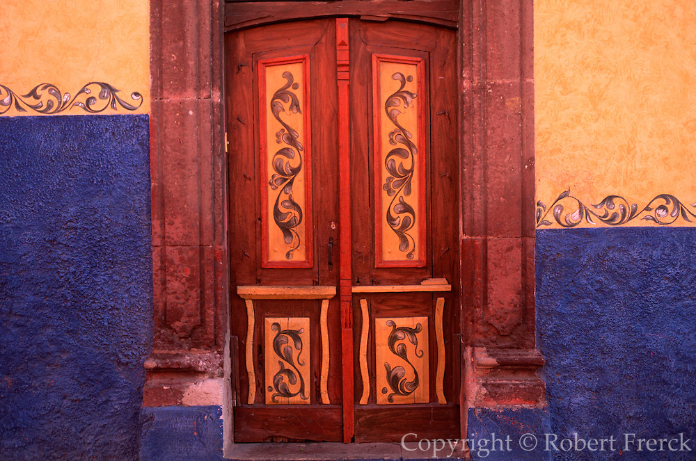 MEXICO, COLONIAL CITIES San Miguel de Allende; painted details on walls and doors of house in this beautiful  Spanish Colonial town