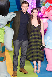 © Licensed to London News Pictures. 29/09/2016. JUSTIN TIMBERLAKE and ANNA KENDRICK arrive for the lighting of The London Eye to celebrate the animation film Trolls. London, UK. Photo credit: Ray Tang/LNP