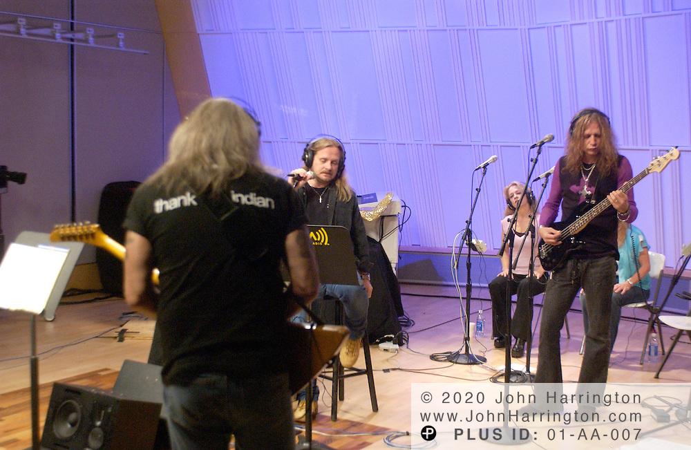 Lynard Skynard preforms at XM's studio during an Artist Confidential on Tuesday June 1, 2004.