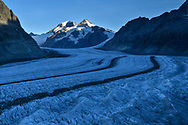 Jungfraujoch, Mönch and Trugberg above the Great Aletsch Glacier with the two typical median moraines Kranzbergmoräne and Trugbergmoräne, Fiescheralp, Valais, Switzerland<br /> <br /> Jungfraujoch, Mönch und Trugberg über dem Grossen Aletschgletscher mit den beiden typischen Mittelmoränen, Fiescheralp, Wallis, Schweiz