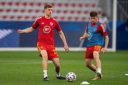 NICE, FRANCE - Wednesday, June 2, 2021: Wales' Chris Mepham (L) and Daniel James during the pre-match warm-up before an international friendly match between France and Wales at the Stade Allianz Riviera ahead of the UEFA Euro 2020 tournament. (Pic by Simone Arveda/Propaganda)