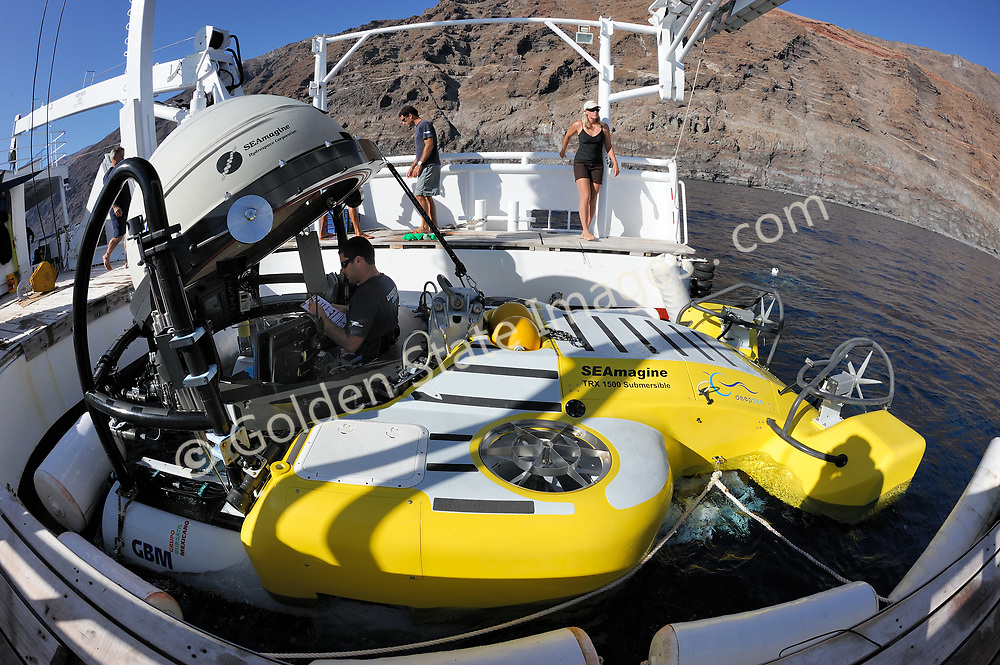 DeepSee is a three person one atmosphere submarine specifically designed to explore at depths of  up to 1500 feet. <br /> <br /> A crew of three is accommodated inside a Lexan sphere. <br /> <br /> A pilot and two passengers can dive in comfort for up to six hours.