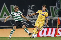 October 31, 2017 - Na - Lisbon, 31/10/2017 - Sporting Clube de Portugal received this evening at Juventus FC in the Alvalade stadium in Lisbon, in game to count for day 4 of the group stage of the Champions League 2017/2018. Stefan Ristovski; Mario Mandzukic  (Credit Image: © Atlantico Press via ZUMA Wire)