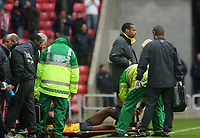 Photo: Andrew Unwin.<br /> Sunderland v Arsenal. The Barclays Premiership. 01/05/2006.<br /> Arsenal's Thierry Henry looks on as his team-mate, Abou Diaby, is put onto a stretcher.
