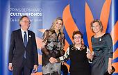 Koningin Maxima reikt Prins Bernhard Cultuurfonds Prijs 2016 uit