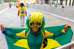 June 22, 2018 - SãO Paulo, Brazil - SÃO PAULO, SP - 22.06.2018: TORCIDA DO BRASIL NO ANHANGABAÚ - Fans start to arrive in the Anhangabaú Valley in the central region of the city to follow the match between Brazil and Costa Rica for the first phase of the 2018 World Cup in Russia, which takes place on Friday (22) (Credit Image: © Aloisio Mauricio/Fotoarena via ZUMA Press)