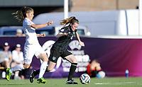 Fotball<br /> UEFA European Women's Under-19 Championships<br /> Group B<br /> Mjøndalen 18.07.2014<br /> Irland v England 2:1<br /> Foto: Morten Olsen, Digitalsport<br /> <br /> Lauren Dwyer (4) - Ireland