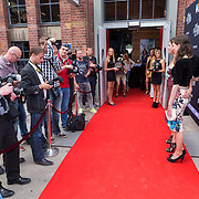 NLD/Amsterdam/20130708- Premiere film The Bling Ring, Anna Drijver en Hanna Bervoets poseren voor de fotografen