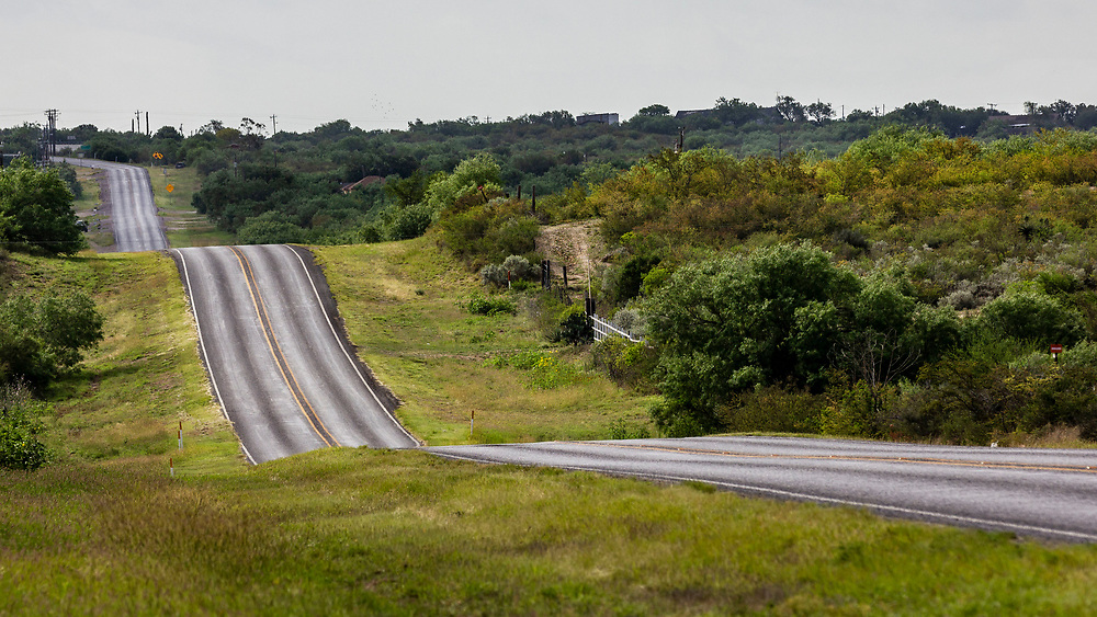 Long and winding road, Zapata County, Texas, USA