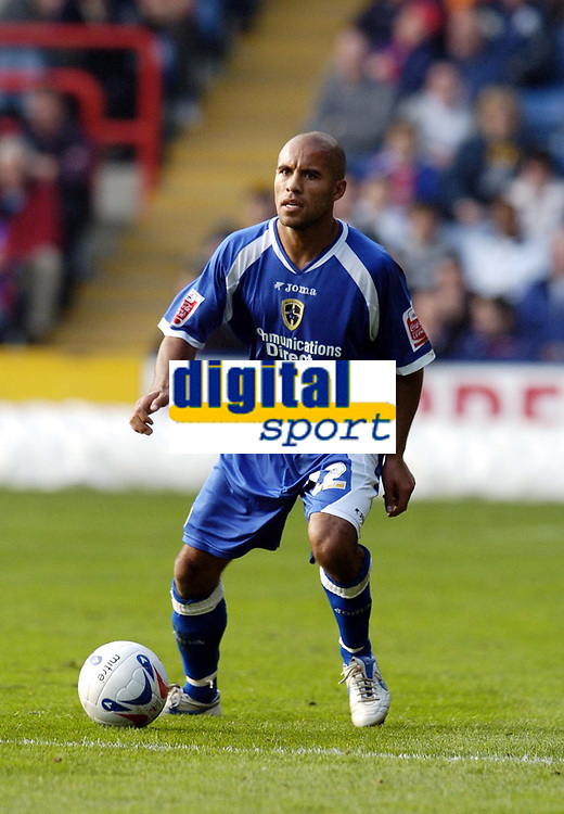 Photo: Olly Greenwood.<br />Crystal Palace v Cardiff City. Coca Cola Championship. 14/10/2006. Cardiff's James Chambers