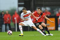 FOOTBALL - FRENCH CHAMPIONSHIP 2011/2012 - L1 - STADE RENNAIS v PARIS SG - 13/08/2011 - PHOTO PASCAL ALLEE / DPPI - JEREMY MENEZ (PSG) / ROMAIN DANZE  (REN)