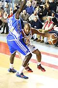 DESCRIZIONE : Roma Campionato Lega A 2013-14 Acea Virtus Roma Banco di Sardegna Sassari<br /> GIOCATORE : Goss Phil<br /> CATEGORIA : palleggio penetrazione<br /> SQUADRA : Acea Virtus Roma<br /> EVENTO : Campionato Lega A 2013-2014<br /> GARA : Acea Virtus Roma Banco di Sardegna Sassari<br /> DATA : 26/12/2013<br /> SPORT : Pallacanestro<br /> AUTORE : Agenzia Ciamillo-Castoria/M.Simoni<br /> Galleria : Lega Basket A 2013-2014<br /> Fotonotizia : Roma Campionato Lega A 2013-14 Acea Virtus Roma Banco di Sardegna Sassari <br /> Predefinita :