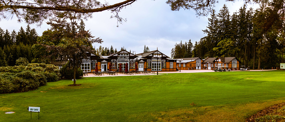 20-09-2015: Royal Golf Club Marianske Lazne in Marianske Lazne (Marienbad), Tsjechië.<br /> Foto: Het clubhuis en de bijgebouwen