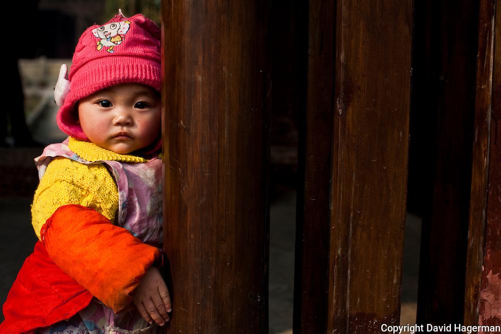 young girl in langzhong, sichuan