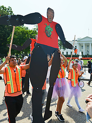 September 5, 2017 - Washington, DC, U.S. - Pro-immigration activists gather in front of the White House following an announcement by President Trump that he is cancelingl the ''Deferred Action for Childhood Arrivals,'' or DACA, a program that allowed undocumented young people who came to the U.S. at an early age to remain in the country. (Credit Image: © Jay Mallin via ZUMA Wire)